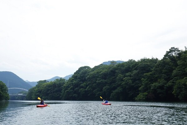 04-16_canoe.jpg